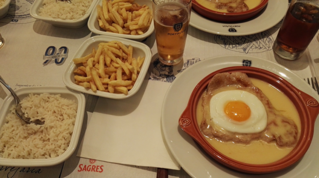 Food at the restaurant in Alfragide
